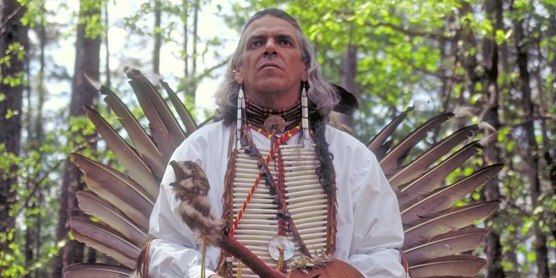 homme et femme médecine amérindiens